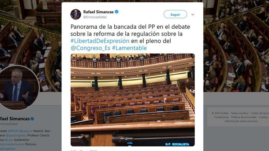 Tuit de Rafael Simancas con la bancada del PP