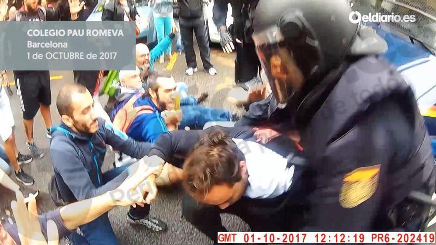 Actuación de la Policía en el Pau Romeva el día 1 de octubre