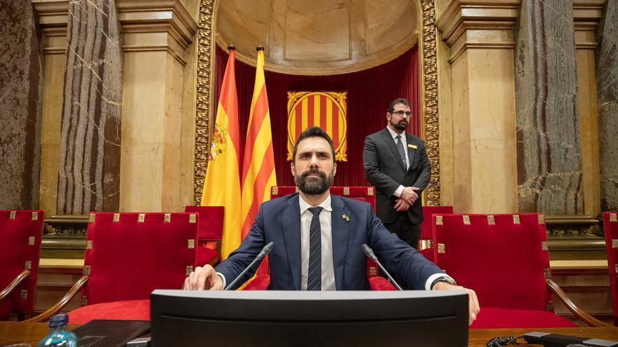 """Torrent suspende el pleno del Parlament al llamar Cs """"delincuente"""" a Torra"""