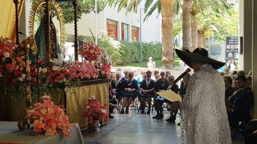 La alcaldesa Noelia García durante su intervención.