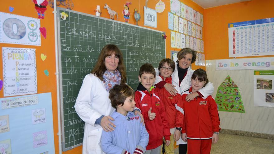 Lara Campo y María Teresa López son dos de las maestras cooperativistas del Colegio Mayer, ubicado en Torrelavega.