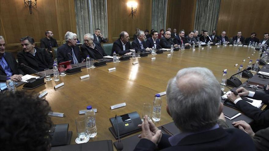 El Gobierno griego anuncia que mantendrá una reunión informativa diaria con la prensa