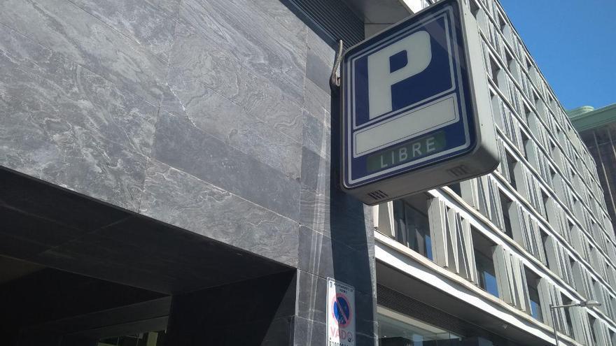 Aparcamiento de Plaza de Colón. Foto: Yuly Jara