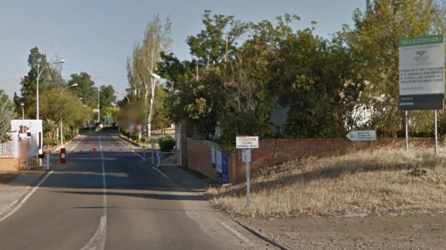 Acceso al centro sociosanitario de Mérida / Google Maps