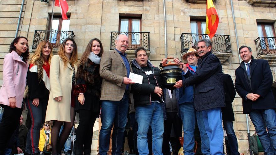 Douglas Javier Terán gana el XXVI Concurso de Ollas Ferroviarias de la fiesta de San Sebastián en Reinosa