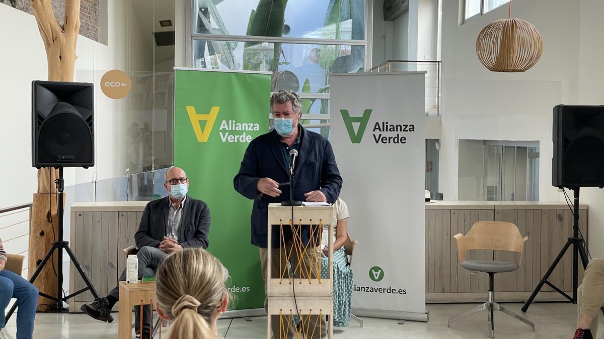 Juan López de Uralde, durante la presentación de Alianza Verde este jueves.
