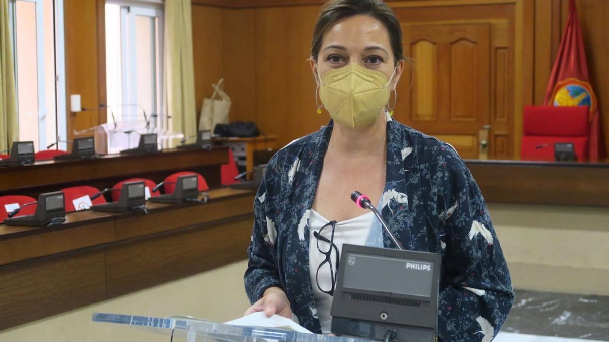 La portavoz del Grupo Socialista en el Ayuntamiento de Córdoba, Isabel Ambrosio.