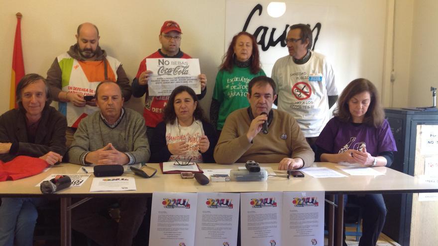 Representantes de los colectivos aglutinados en Marea Ciudadana Madrid / Marta González Borraz