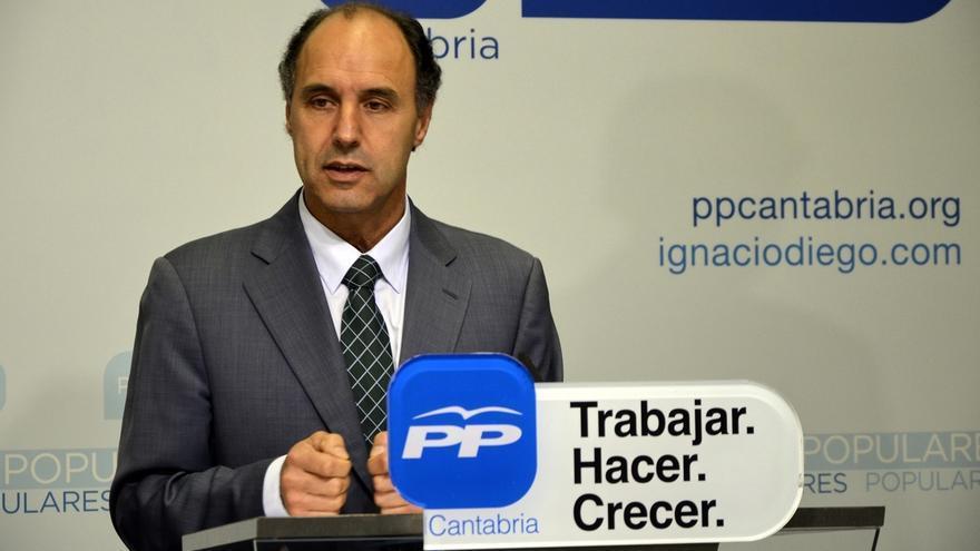 """El PP cántabro buscará """"apoyos puntuales"""" si no revalida la mayoría absoluta"""