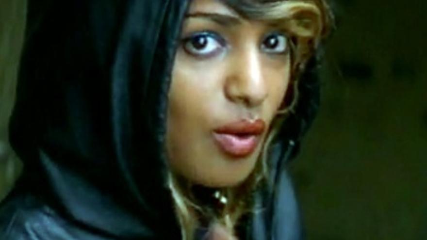 La cantante británica M.I.A. En una captura de un videoclip