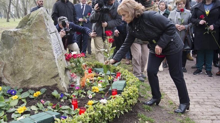 Recuerdo unitario a Fernando Buesa y su escolta, asesinados hace 17 años