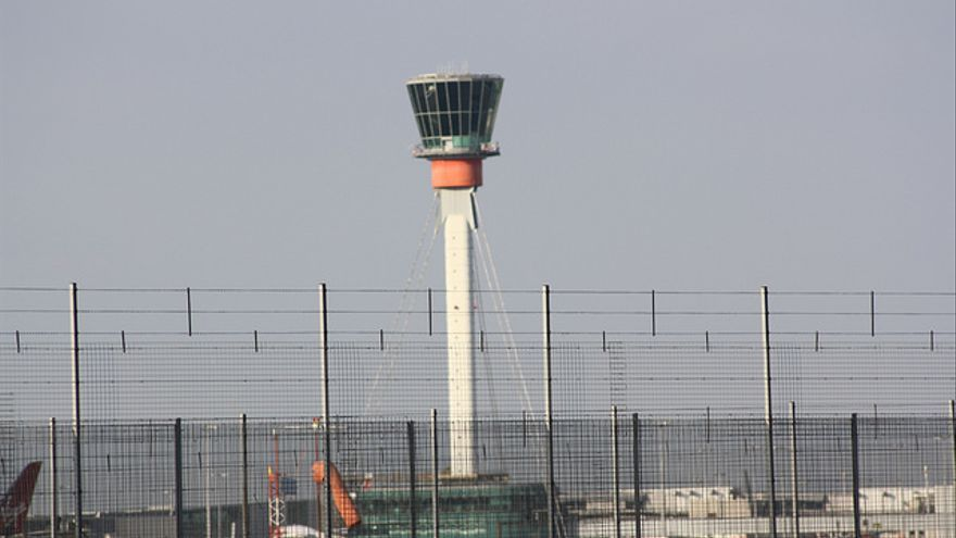 Torre de control del aeropuerto de Heathrow
