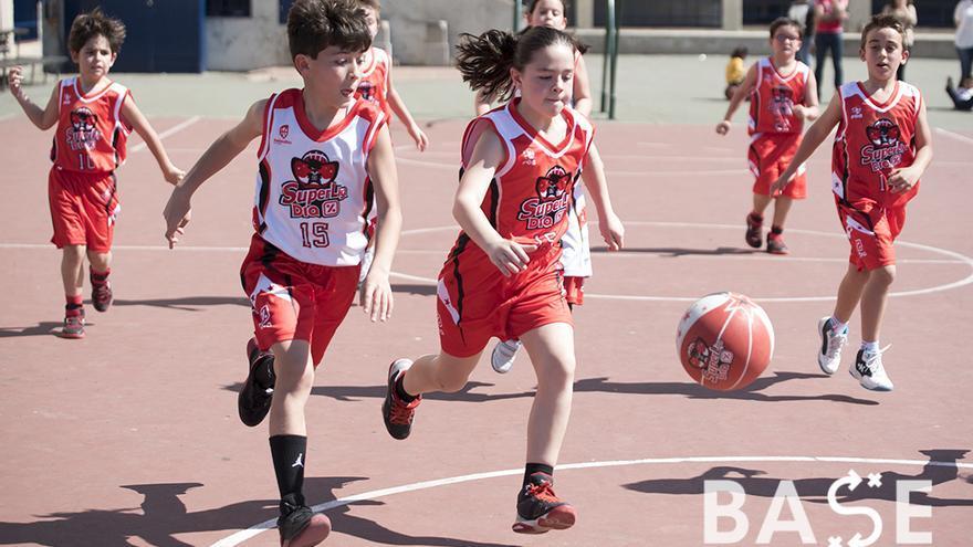 Superliga Día en el Colegio Cervantes Maristas | TONI BLANCO