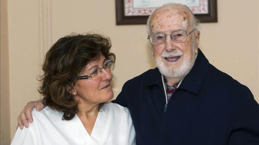 El abuelo de Galicia alardea de buena memoria en su 107 cumpleaños