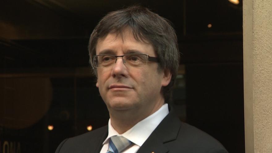 Puigdemont reitera su compromiso con el referéndum y en el calendario previsto