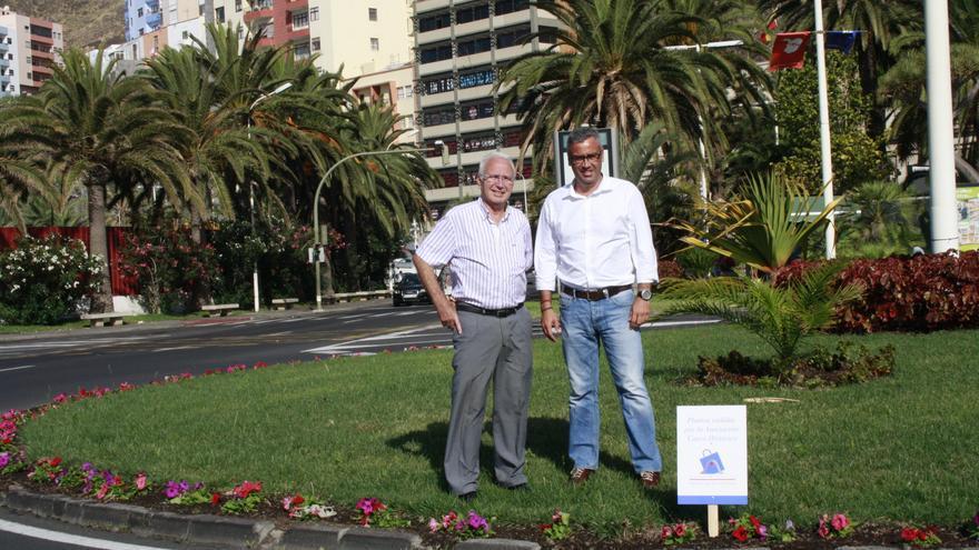 Nicolás Hernández y Sergio Matos en la rotonda Blas Pérez.
