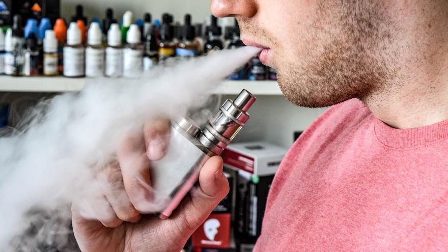 La verdad sobre el cigarrillo electrónico: el 92% de los vapeadores ha dejado de fumar