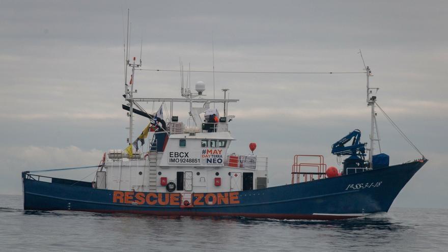 El 'Aita Mari' rescata a 80 migrantes en el Mediterráneo