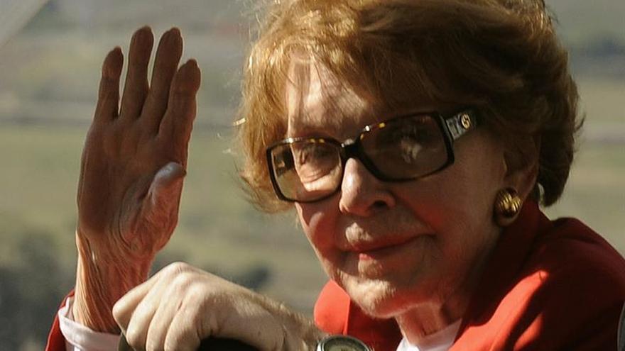 Fallece la ex primera dama de EE.UU. Nancy Reagan