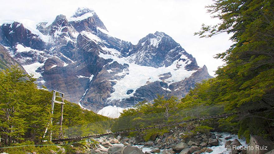 Los ríos fruto del deshielo atraviesan cada valle en las Torres del Paine.