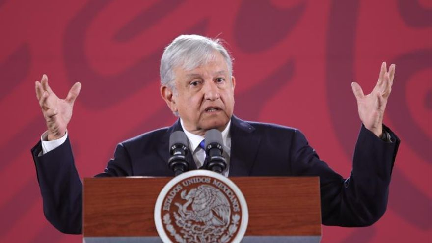 López Obrador pedirá al Ejército que entregue información del caso Ayotzinapa