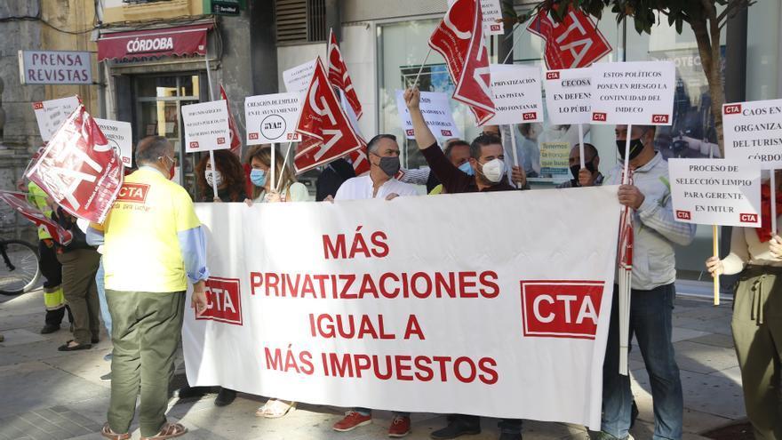 Protesta de CTA contra la privatización de servicios públicos |ALEX GALLEGOS