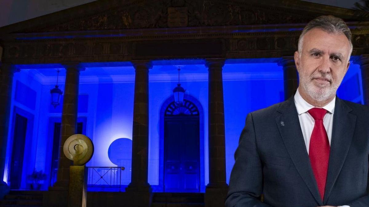 La fachada del Parlamento de Canarias se iluminó este sábado de azul por el Día de Europa
