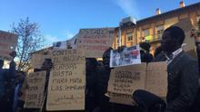 Manifestación en Lavapiés por la muerte del mantero Mame Mbaye