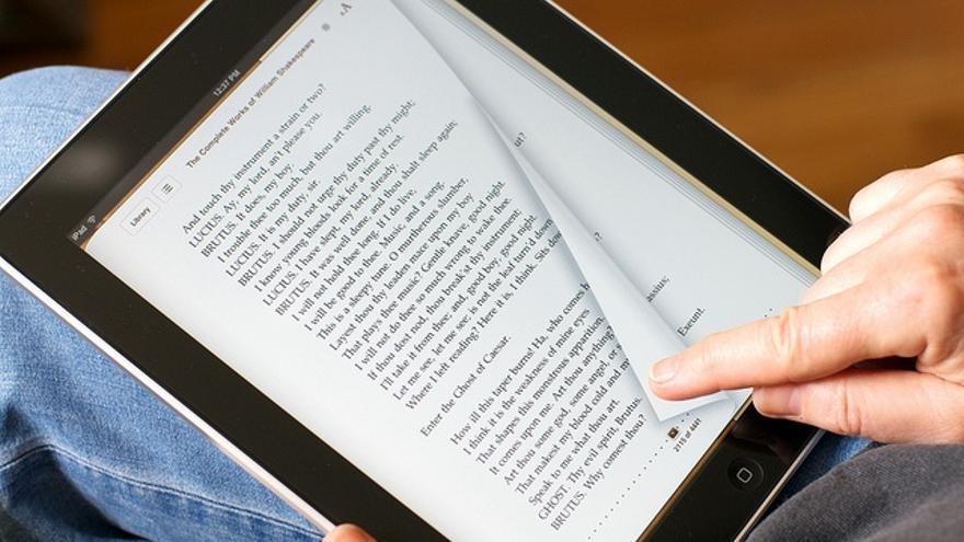 Ebiblio: Un Proyecto Público De Préstamo De Ebooks Con
