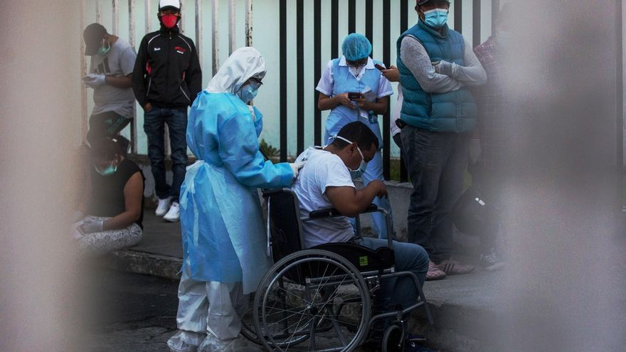 The Guatemalan General Hospital suffers from overcrowding in spaces for COVID-19