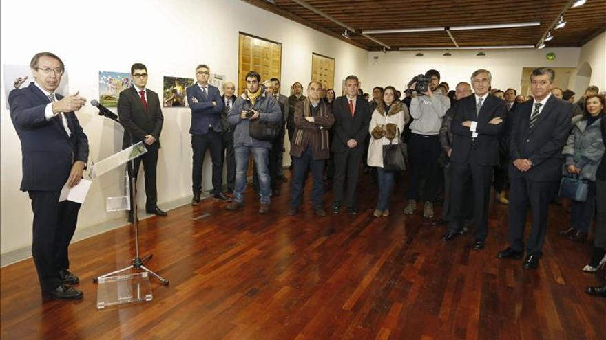 EFE muestra en Ávila la memoria colectiva a través de 75 imágenes