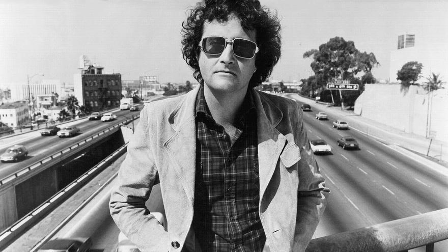 Randy Newman en 1977. | www.monomusicmag.com