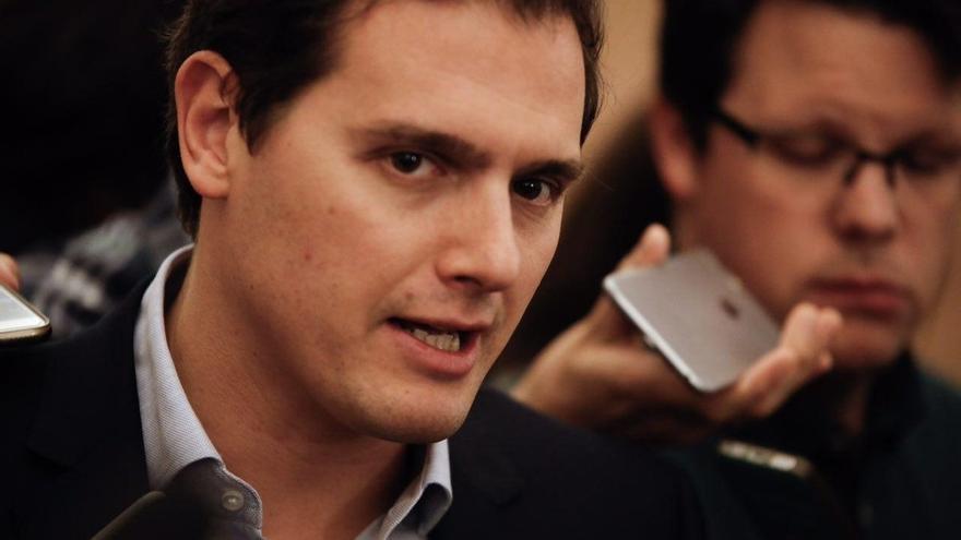 """Rivera pide que el nuevo acuerdo con el PP en Murcia detalle """"la literalidad"""" para casos de investigados por corrupción"""