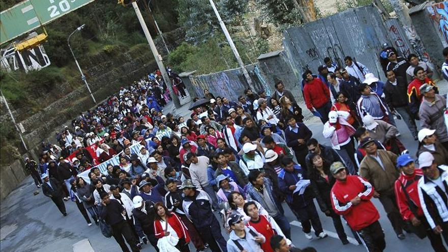 La Paz paralizada por manifestantes que exigen mejoras en las pensiones
