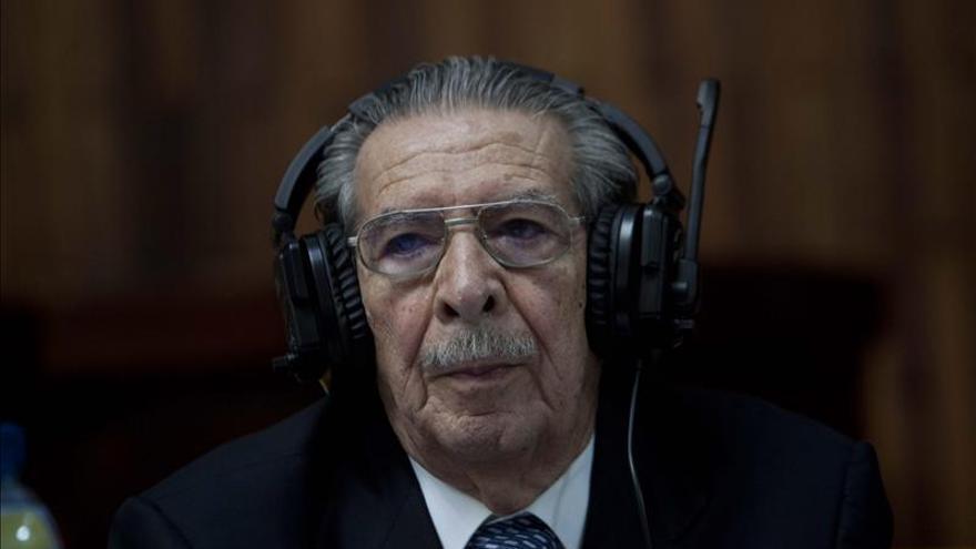 Ríos Montt se declara inocente y niega que ordenó atentar contra una raza