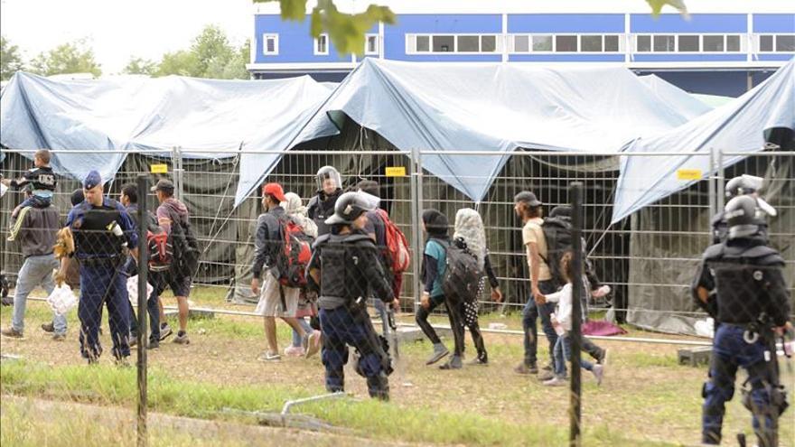 El plan europeo de acogida de refugiados no cubre el mínimo necesario para la ONU