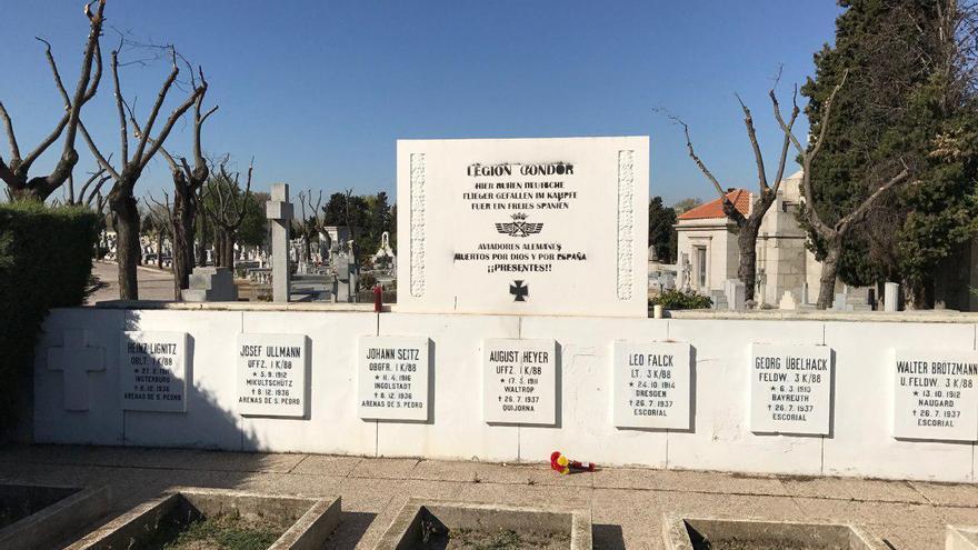 Homenaje a la Legión Cóndor en el cementerio de La Almudena (Madrid)