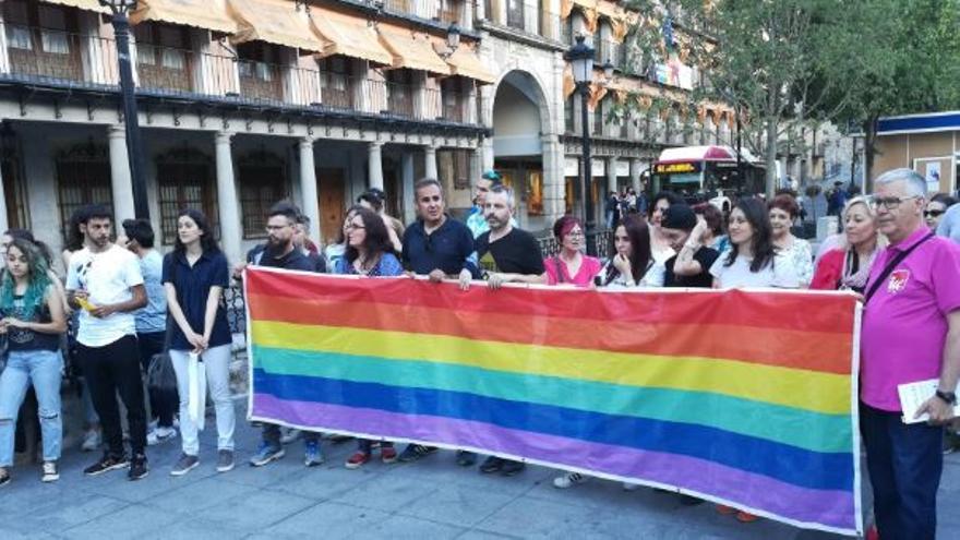 Concentración con la LGTBIfobia en Toledo