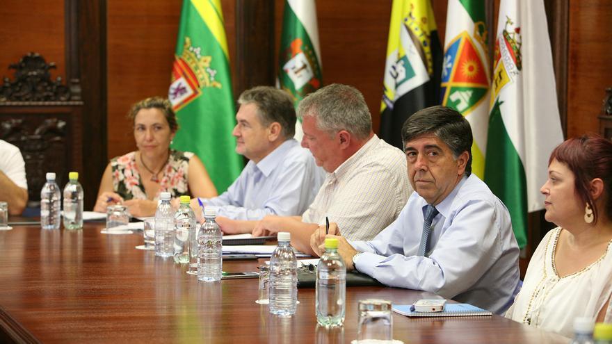 El consejero de Empleo y Transparencia del Cabildo de Gran Canaria, Gilberto Díaz, en un Consejo de Gobierno la Institución insular (ALEJANDRO RAMOS)