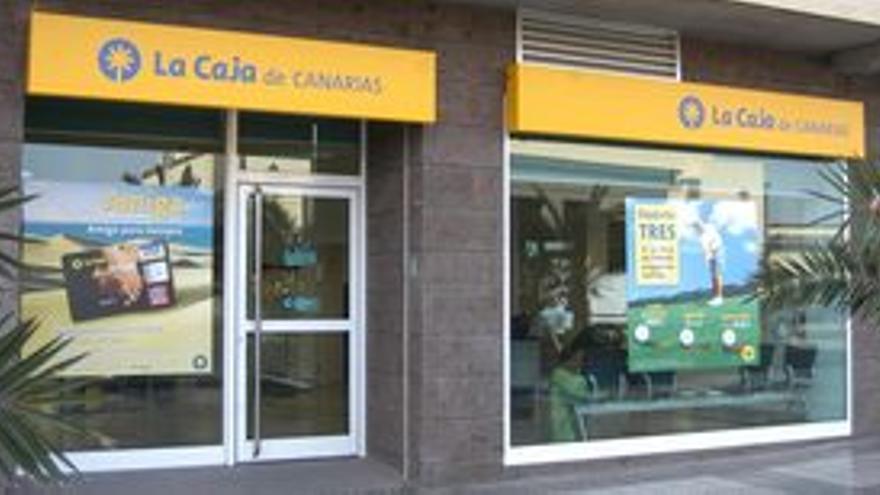 Sucursal de La Caja de Canarias.