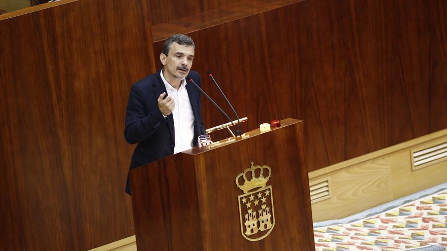 """El portavoz de Podemos en la Asamblea de Madrid reconoce la """"potestad"""" de Espinar para configurar su dirección"""