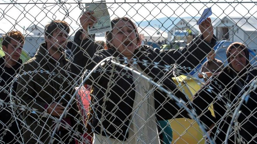 Frontex se ofrece a ayudar en la devolución de inmigrantes si Grecia lo pide