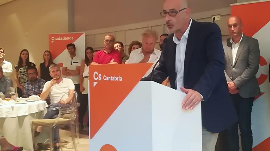 """Cs saldrá """"a ganar"""" las elecciones de 2019 para """"cambiar la historia repetida"""" de Cantabria"""