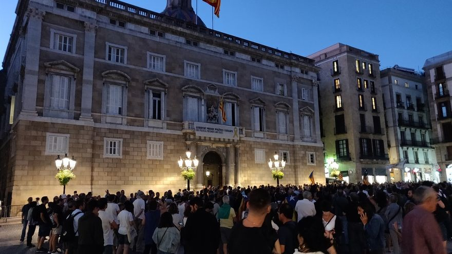 Unas 2.000 personas se concentran en Barcelona tras el encarcelamiento de siete CDR