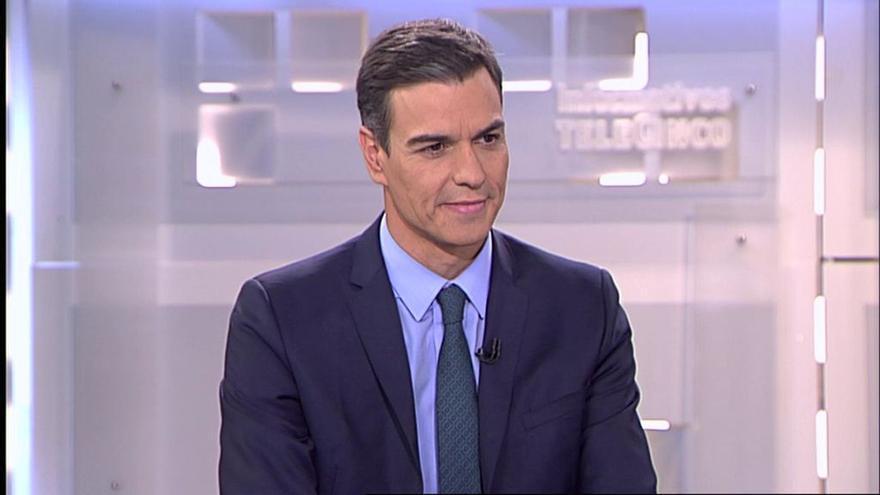 El presidente del Gobierno, Pedro Sánchez, durante la entrevista de este martes en Telecinco