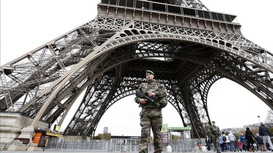 Francia reforzará a justicia y policía, y endurecerá las penas por terrorismo