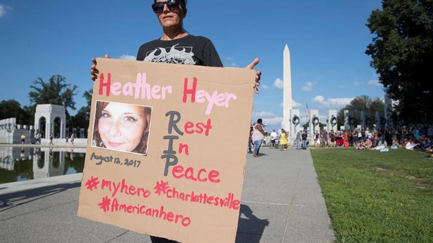 Madre de víctima de marcha supremacista en EE.UU. busca preservar su mensaje