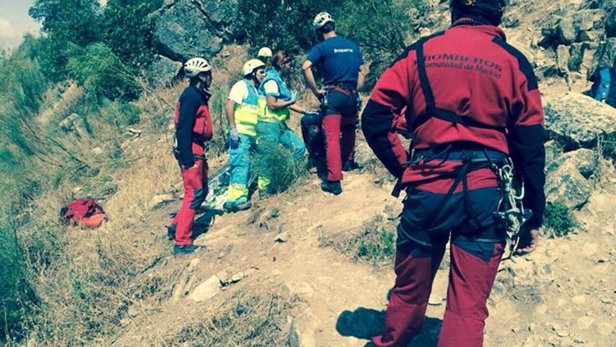El equipo de Emergencias de la Comunidad de Madrid en la zona del accidente.