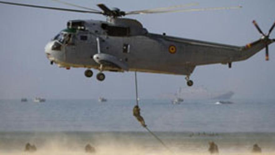 Imagen de archivo de maniobras militares del Ejército español. EFE