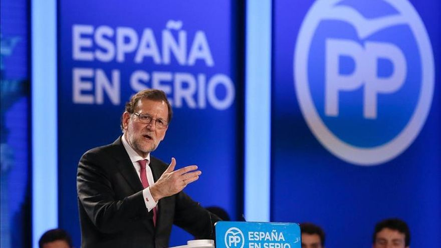 Rajoy reúne el lunes a la dirección del PP para analizar el resultado del 20D